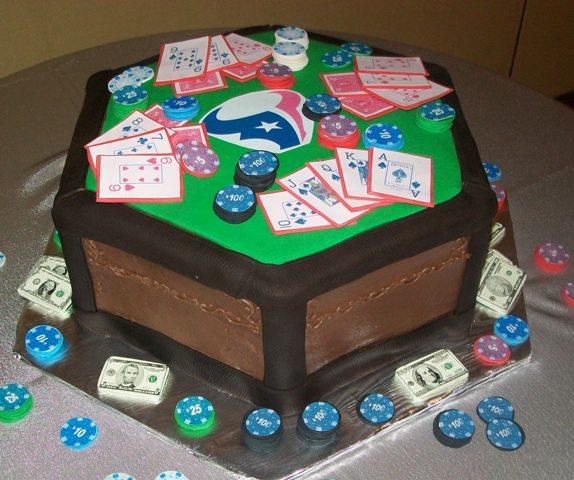 Texas-Hold-Em-Cake-1